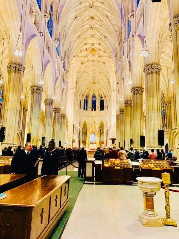 セントパトリック大聖堂日曜日のミサ
